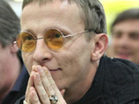 Homophobic, yet popular Russian actor appointed creative director of clothing company. 52000.jpeg
