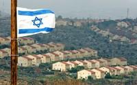 Israel Freezes Settlement Construction on West Bank