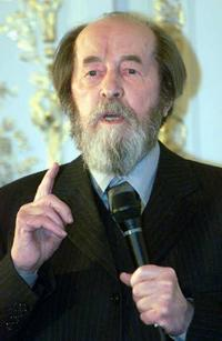 Solzhenitsyn: Russia dogged by problems similar to those which led to 1917 revolution