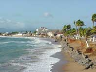 Hurricane Lane roars toward Baja California peninsula