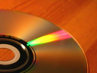 Blu-ray Disc and HD DVD continue to compete