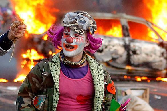 Russians warned of British killer clowns. Clown
