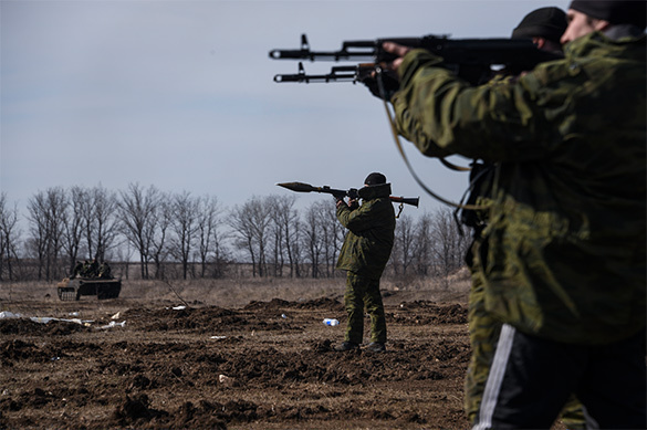 Kiev area shelled in Donetsk by Ukrainian special forces. Donbass
