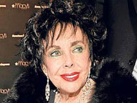 Elizabeth Taylor Expects Heart Surgery