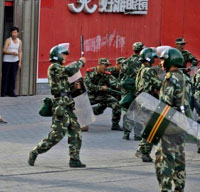 Police Arrest 319 People in Unrest in Xinjiang