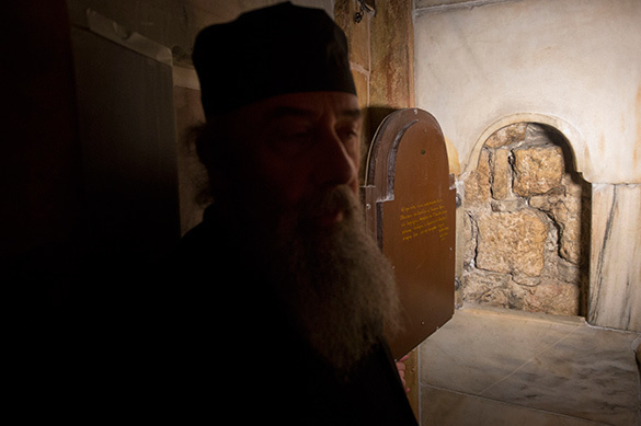 Holy Sepulchre faces destruction. Holy Sepulchre