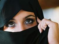 French Lawmakers Intend to Unrobe Muslim Women