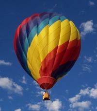 Hot air balloon hits power line in Iowa