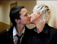Two Russian Lesbians Fail to Have Their Marriage Registered in Moscow