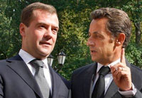 French president arrives in Moscow for painful talks