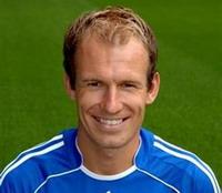Arjen Robben and Gabriel Heinze sidelined for several weeks