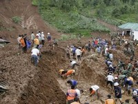 Landslides in Philippines Kill 100 People