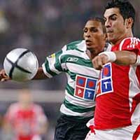 Tottenham signs Benfica's Rocha