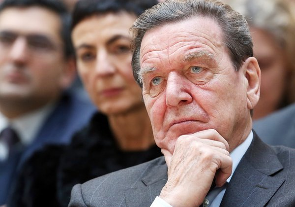 Germany's ex-Chancellor Schroeder regrets EU's stance about Russia. Gerhard Schroeder believes EU makes bigs mistake about Russia