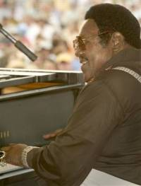 Fats Domino gives his first public performance since before Hurricane Katrina