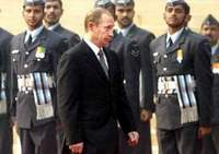 Putin to promote nuclear cooperation and military hardware in India