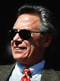 Phil Anschutz defends Nacchio in insider trading trial