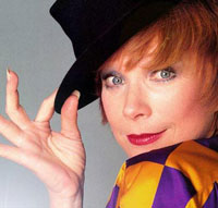 Shirley MacLaine receives Santa Fe Film Festival Award for lifetime achievement
