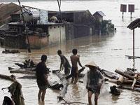 33 lost in floods in central Vietnam