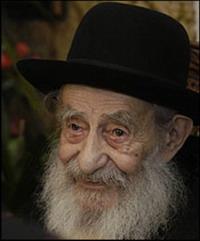 Anti-Semitic insult precedes stabbing of rabbi in Frankfurt