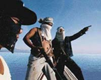 Pirates ask for USD 20K to return merchant ship and crew in Somalia
