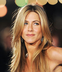Court Issues Temporary Restraining Order to Jennifer Aniston Against Her Obsessed Admirer