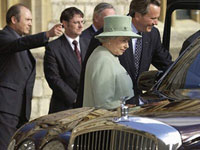 British Queen Swaps Her Rolls-Royce for Toyota Prius to Save Money