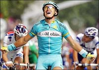 Vinokourov's a favorite for road race