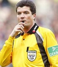 Herbert Fandel to officiate Champions League final