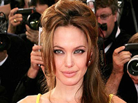 Jolie to Star in 'Tourist'  Instead of Theron