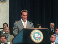 Arnold Schwarzenegger raises substantial fund in California campaign