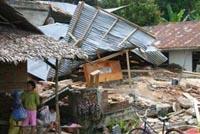 Moderate earthquake hits southeastern Indonesia