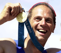 Steve Redgrave pleads burglars to return awards