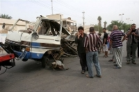 Group of gunmen attack minibus heading to Baghdad
