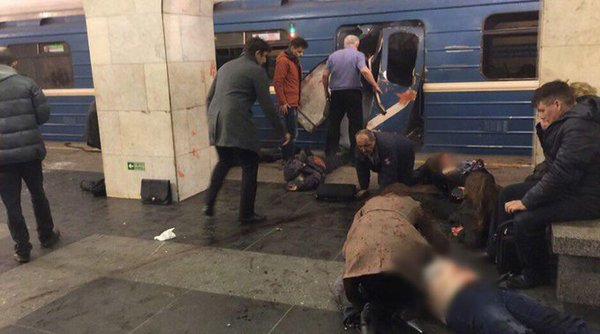 Explosion rips through St. Petersburg subway. Many victims reported. 60144.jpeg