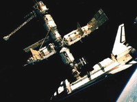 Atlantis to dock with space station