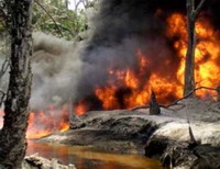 US oil pipelines' explosion reopens