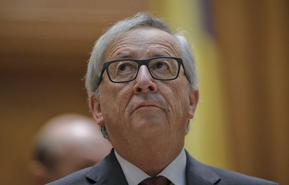 European Commission President Juncker knocks Poroshenko down a peg. 61159.jpeg