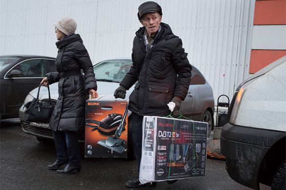 Russians rush to buy electronic goods on credit. Electronic rush in Russia