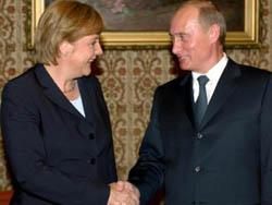 Merkel and Putin to meet in Siberia on Iran discussing