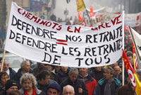 Civil servants join strikes of transport workers in France