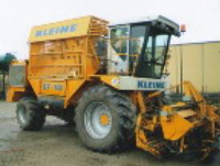 22-year-old Russian woman moves 14-ton harvester