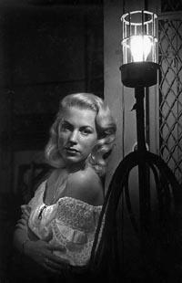 Joan Diener, star of 'Man of La Mancha,' dies at 76