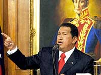 Chavez praises military deal with Russia hours before key vote