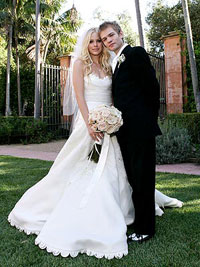 Avril Lavigne files for divorce from Sum 41 rocker