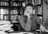 Novelist Orhan Pamuk gains suit at law