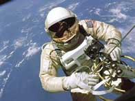 Spacewalkers repair station