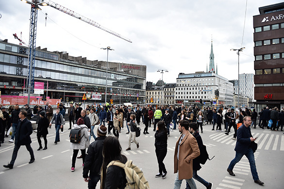 Terror in Stockholm: Truck rams into crowd. 60214.jpeg