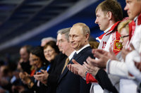 Putin gives state orders to Olympic champions. 52215.jpeg