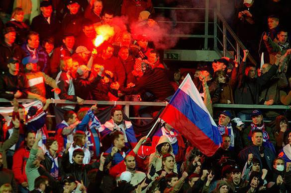 Western media accuse Russian soccer fans of heterosexuality. 58215.jpeg